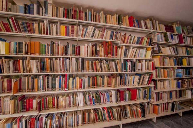 Ανταλλακτική βιβλιοθήκη στα Φάρσαλα