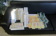 Συνελήφθησαν στη Λάρισα με χιλιάδες αφορολόγητα πακέτα τσιγάρων