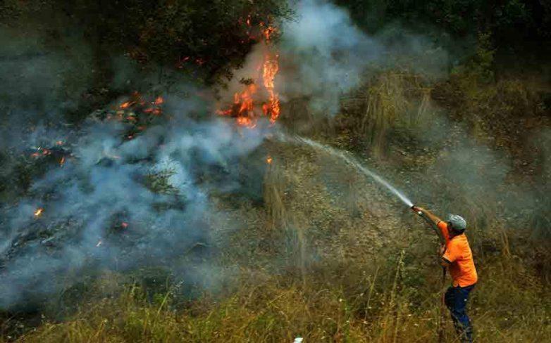 Σε επιφυλακή οι πυροσβεστικές δυνάμεις στα Ροδινά Ηλείας