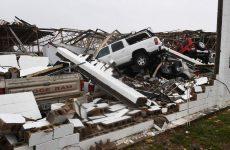 ΗΠΑ: Εξασθενεί ο τυφώνας Χάρβεϊ