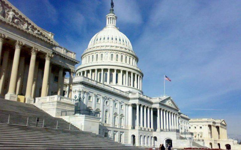 ΗΠΑ: Παραιτήσεις γερουσιαστή και βουλευτή με κατηγορίες για ανάρμοστη συμπεριφορά έναντι γυναικών