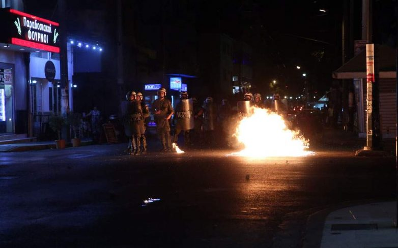 Αντιφασιστικό συλλαλητήριο στην Πλατεία Ελευθερίας στο Βόλο