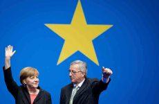 Γιούνκερ σε Μέρκελ: Η Ευρώπη έχει ανάγκη από μια ισχυρή γερμανική κυβέρνηση