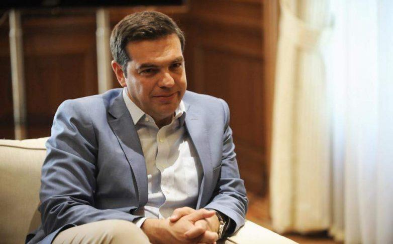 Σφοδρές αντιδράσεις για το άρθρο Tσίπρα που επιχειρεί ταύτιση με τον Α. Παπανδρέου