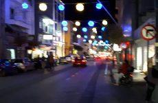 Δοκιμή εορταστικού φωτισμού στην οδό Ιάσονος