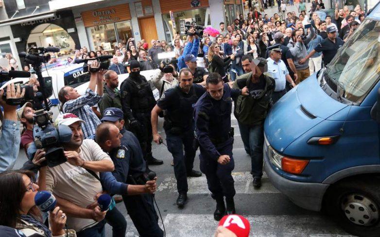 Υπόθεση Λεμπιδάκη: Το προφίλ και οι ρόλοι των συλληφθέντων