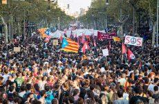 Ισπανία: «Μπλόκο» του Συνταγματικού Δικαστηρίου στη συνεδρίαση ανεξαρτησίας του καταλανικού κοινοβουλίου