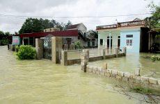 Βιετνάμ: 37 νεκροί, 40 αγνοούμενοι εξαιτίας πλημμυρών και κατολισθήσεων