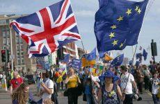Η Ευρωπαϊκή Επιτροπή κρίνει απαράδεκτο το αίτημα για τη διεξαγωγή δημοψηφίσματος της ΕΕ για το Brexit
