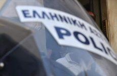 Επίθεση με μολότοφ στο Αστυνομικό Τμήμα Πεύκης