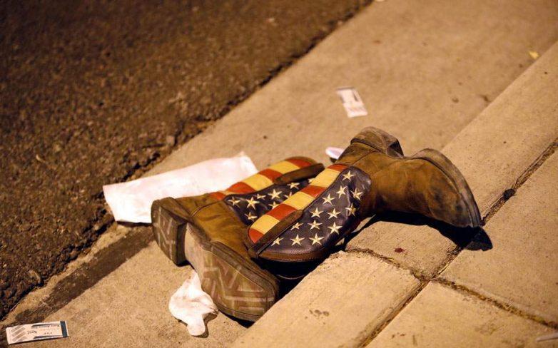 Τουλάχιστον 50 νεκροί, 400 τραυματίες από επίθεση σε συναυλία στο Λας Βέγκας – την ευθύνη ανέλαβε το ISIS
