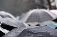 Σοβαρές ζημιές σε Αγγλία και Ιρλανδία από την καταιγίδα Μπράιαν