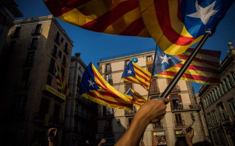 Κορυφώνεται η σύγκρουση στην Καταλωνία – δεν προκήρυξε εκλογές ο Πουτζντεμόν
