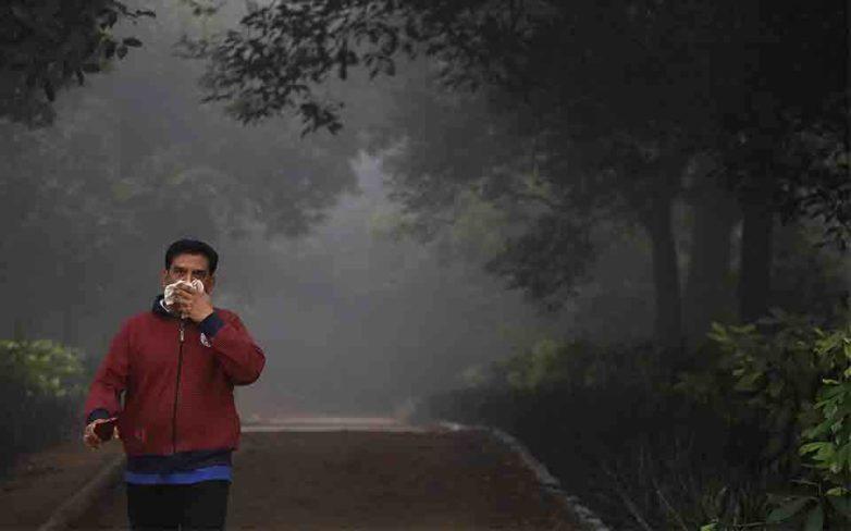 Η αιθαλομίχλη πνίγει το Νέο Δελχί
