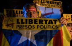 Στη φυλακή οκτώ Καταλανοί πρώην υπουργοί