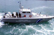 Σε εξέλιξη μεγάλη επιχείρηση διάσωσης μεταναστών στην Καλόλιμνο, μετά από βύθιση σκάφους