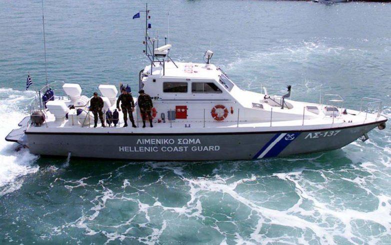 Σκάφος προσέκρουσε στα βράχια  στην Σκόπελο