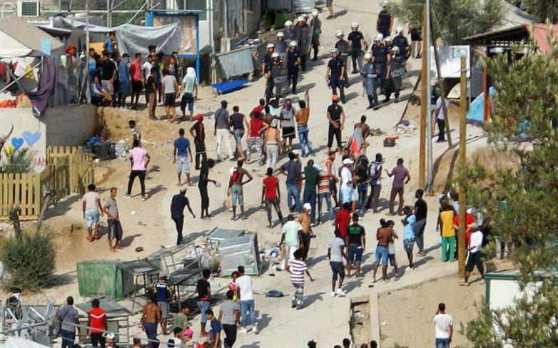 Καταγγελία 19 ΜΚΟ για τις συνθήκες στα hotspot