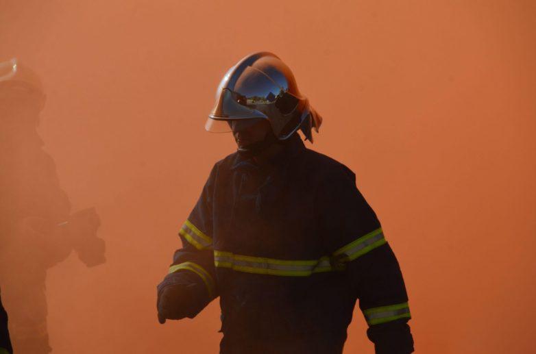 Φωτιά σε ξυλαποθήκη στον Αγ. Ονούφριο