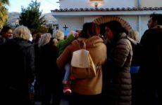 Δεκάδες Βολιώτες αποχαιρέτησαν τον Φώτη Λαδόπουλο