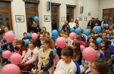 Παιδικά χαμόγελα γέμισε η αίθουσα εκδηλώσεων του Υπεραστικού ΚΤΕΛ Μαγνησίας
