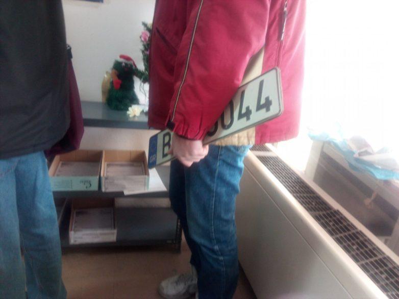 Πλαστογράφησε τις πινακίδες του οχήματος του για να πάει στο Νοσοκομείο