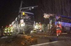 Σύγκρουση τρένου με σχολικό λεωφορείο στη νότια Γαλλία