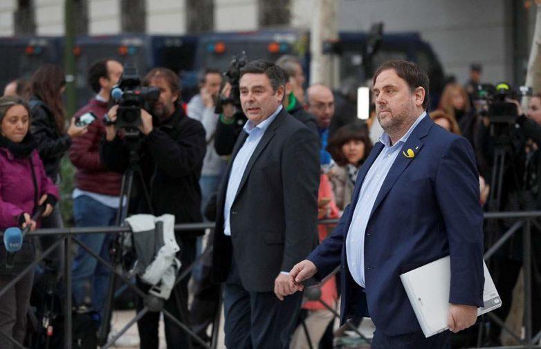 Παραμένει προφυλακισμένος ο καθαιρεθείς αντιπρόεδρος της Καταλωνίας
