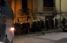 Ενταση και επεισόδια σε πορεία αντιεξουσιαστών στη Θεσσαλονίκη