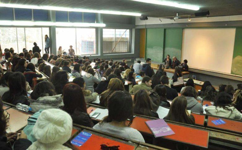 Τι σχεδιάζει το υπoυργείο Παιδείας για «αιώνιους» φοιτητές