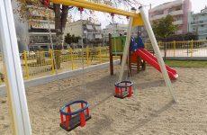 Δόθηκε σε χρήση η παιδική χαρά στην πλατεία Λαμπράκη