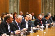 Προαπαιτούμενα και Σκοπιανό στο υπουργικό συμβούλιο