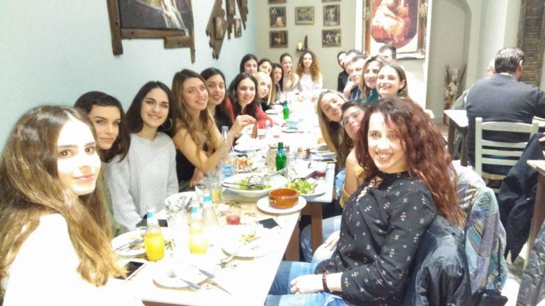 Την πρωτοχρονιάτικη πίτα έκοψε η γυναικεία ομάδα βόλεϊ της Νίκης Βόλου