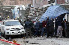 Τουλάχιστον 95 νεκροί από έκρηξη παγιδευμένου οχήματος στην Καμπούλ