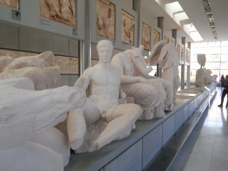 «Η Ακρόπολη συμβολίζει δύο έννοιες: το κλασσικό και τη δημοκρατία»