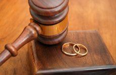 Διαζύγιο με συμβολαιογραφική πράξη και δήλωση στο ληξιαρχείο