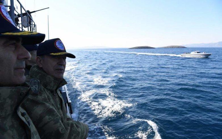 Πρωτοφανείς απειλές από σύμβουλο του Ερντογάν: «Θα σπάσουμε τα πόδια όποιου τολμήσει να ανέβει στα Ιμια»