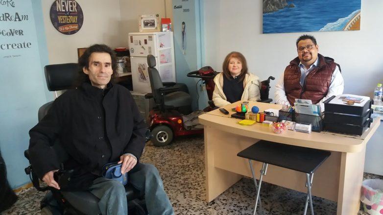 Παραδόθηκε ηλεκτροκίνητο  αμαξίδιο σε γυναίκα εσώκλειστη  για επτά χρόνια
