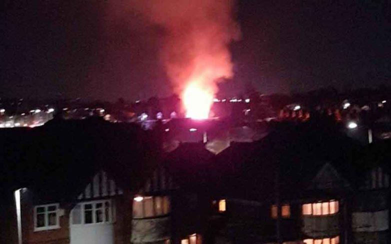 Ισχυρή έκρηξη και έκρηξη στο Λέστερ