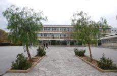 Ο «Εσταυρωμένος» στηρίζει και τα σχολεία της περιοχής