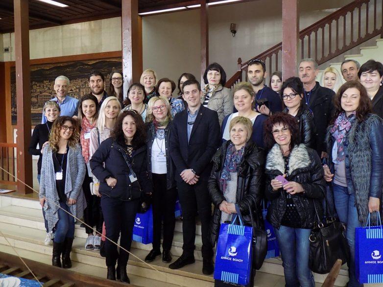 Επίσκεψη εκπαιδευτικών προσχολικής και πρωτοβάθμιας εκπαίδευσης στο Δημαρχείο του Βόλου