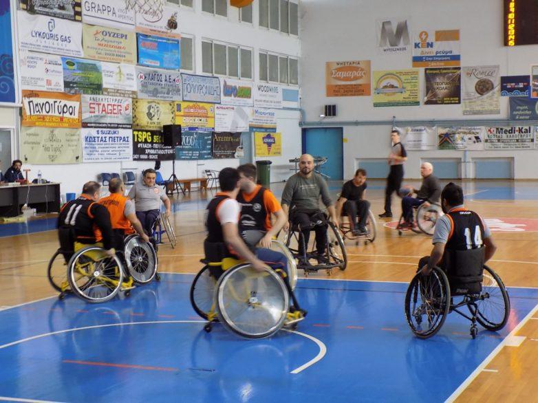 Φιλικός αγώνας μπάσκετ με αμαξίδια στο Κλειστό Γυμναστήριο Νέας Ιωνίας