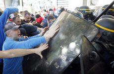 Παρίσι: Βίαιες συγκρούσεις στη διαδήλωση των συνδικάτων
