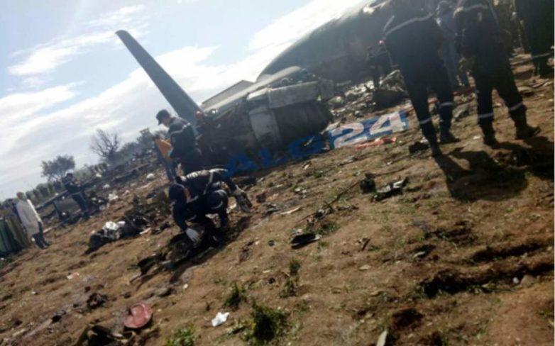Μαρτυρίες για φωτιά στο φτερό του μοιραίου αεροσκάφους στην Αλγερία