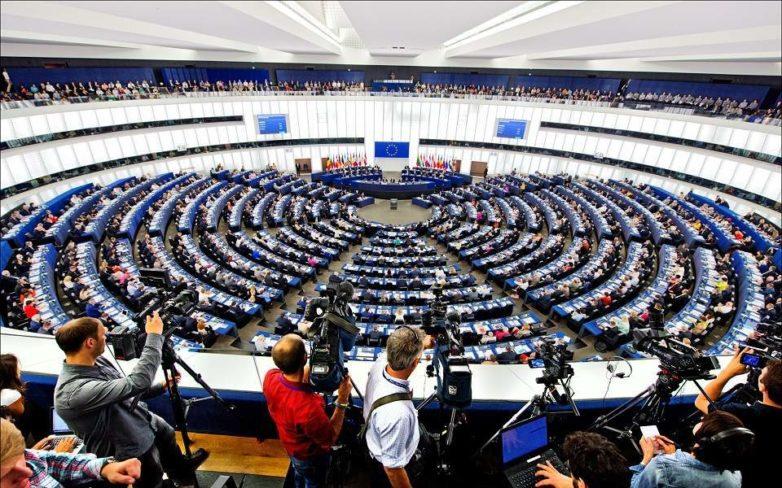 Η Επιτροπή προτείνει την επένδυση 9,2 δισ. ευρώ στο πρώτο ψηφιακό πρόγραμμα στην ιστορία της ΕΕ