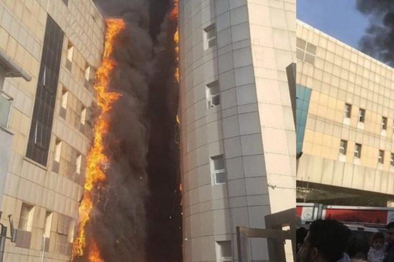 Μεγάλη πυρκαγιά σε νοσοκομείο της Κωνσταντινούπολης