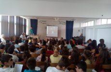 Eνημερωτικές ομιλίες με θέματα την κυκλοφοριακή αγωγή και τους κινδύνους στο διαδίκτυο