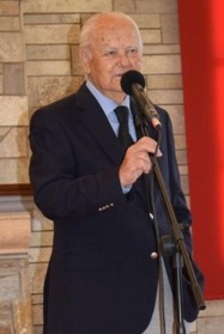 Απεβίωσε ο επί 16 χρόνια δήμαρχος Κων. Κανάρης