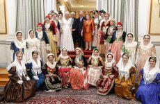 Κάρολος: «Είμαστε όλοι Ελληνες» – Το δείπνο στο Προεδρικό Μέγαρο