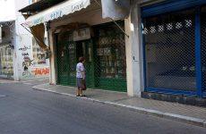 Κλειστά καταστήματα και έρημοι δρόμοι στην αγορά της Μυτιλήνης λόγω της επίσκεψης Τσίπρα